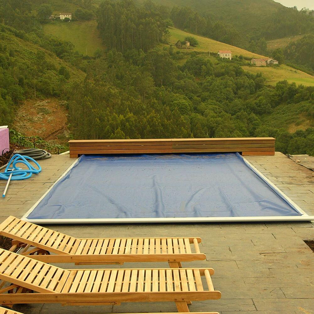 Ejemplo de instalación de cubierta en piscina